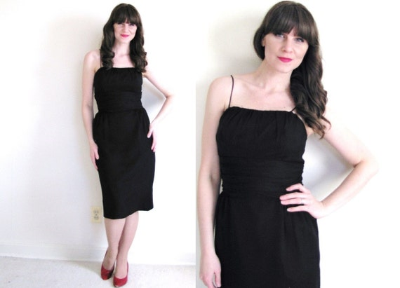 Little Black Dress / 50s Dress / 50s Wiggle Dress