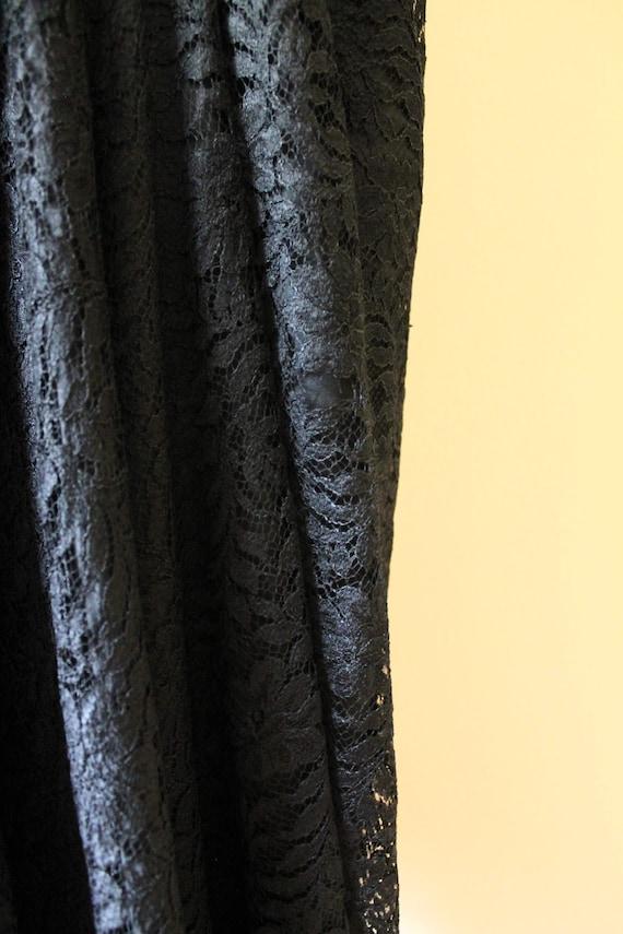 1950s Illusion Neckline Dress / 1950s Black Dress… - image 9