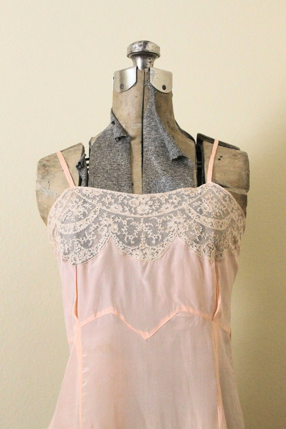 Reserved 1930s Nightgown / 1930s Pale Peach Pink … - image 3