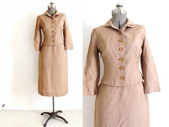 1950s Skirt Suit / 50s Suit / 1950s Tan Beige Sand