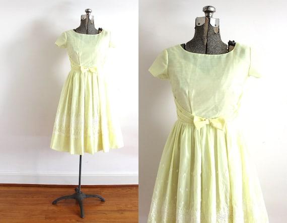 50s Dress / 1950s Yellow Eyelet Bridemaid Dress