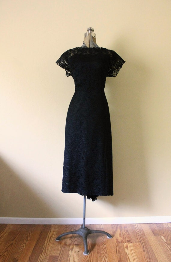 1950s Illusion Neckline Dress / 1950s Black Dress… - image 8