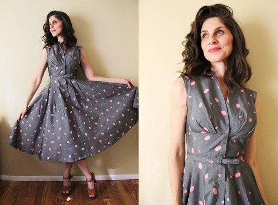 1950s Dress / 50s Dress / 1950s Gray and Pink Polk