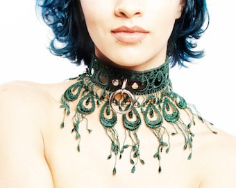 BDSM Collar L'OISEAUX - Emerald Peacock  of Black Leather with Green Venice Lace - Submissive Discreet DDlg Romantic Gift