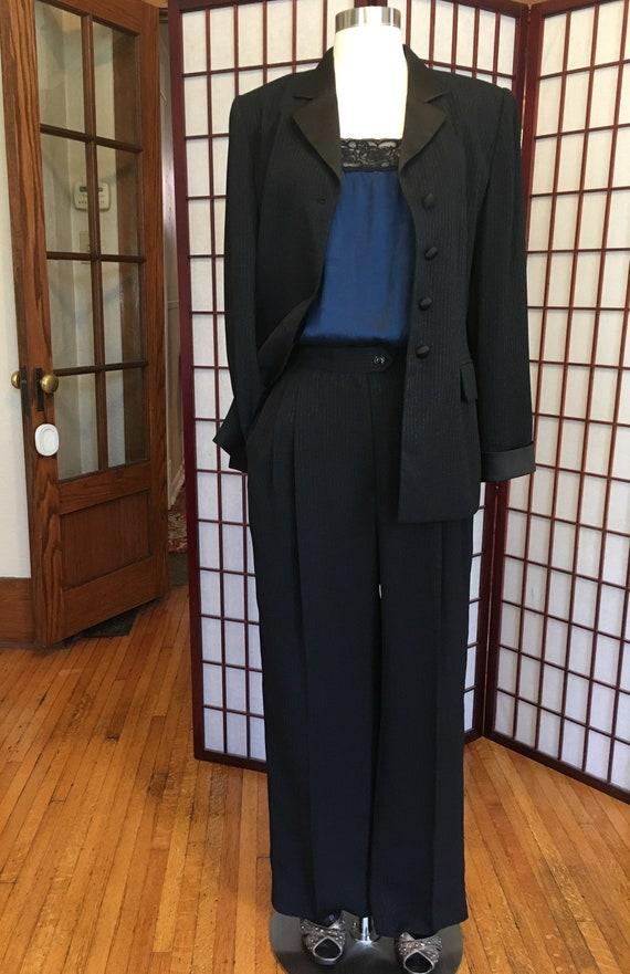 1980s Albert Nipon Women's Tuxedo Suit