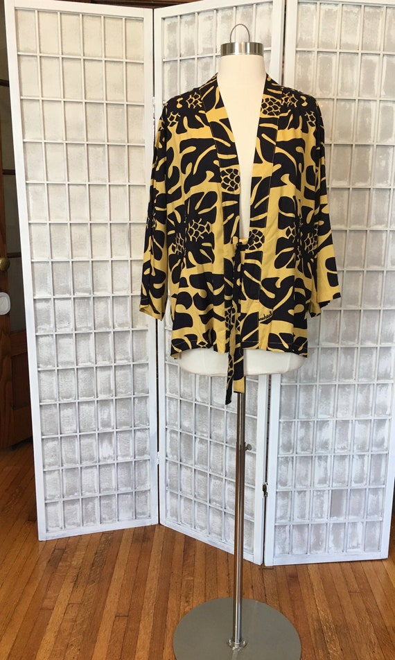 1980s Mustard and Black Hawaiian Kimono Jacket