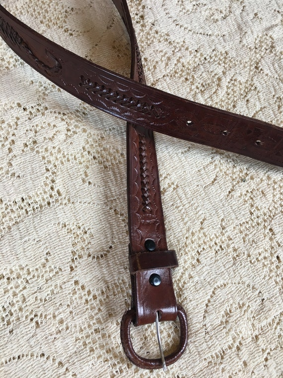 1960s Tooled Leather Scorpion Belt - image 2