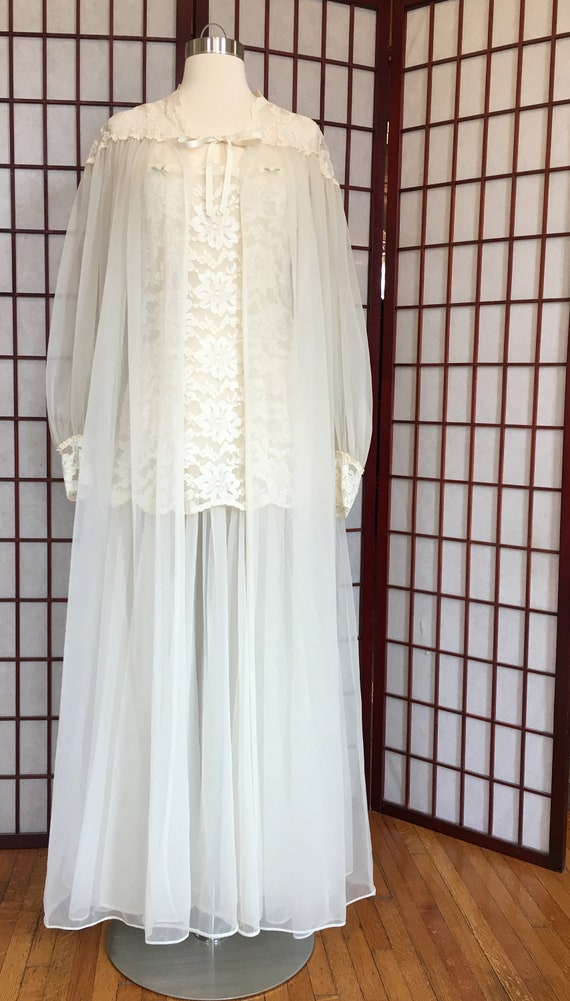 1950s Bridal Peignoir Set