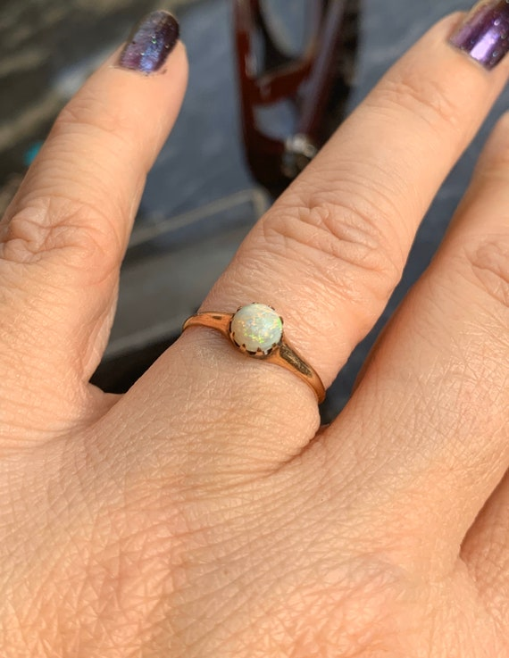Opal Solitaire Ring - Opal Gold Ring - 9k Gold - E