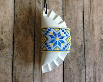 1 Pieróg/Pierogi Ukrainian style Christmas tree ornament - white