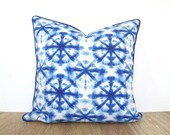 Blue shibori pillow cover 18x18, blue and white outdoor cushion case, geometric outdoor pillow cover for entryway bench
