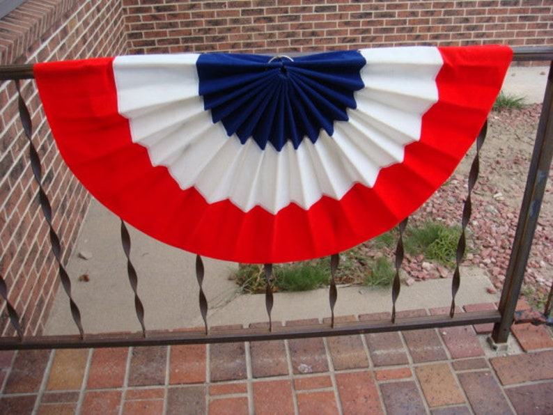 4th of July Patriotic Banners Vintage Fold Out Fan Shaped 4th of July Patriotic Hanging Banners Set of 6