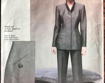 Vogue American Designer Pattern # 2162 - Oscar de la Renta UNCUT - Suit w/ Seamed Jacket & Tapered Pants, Welted Pockets - Sizes 8, 10, 12