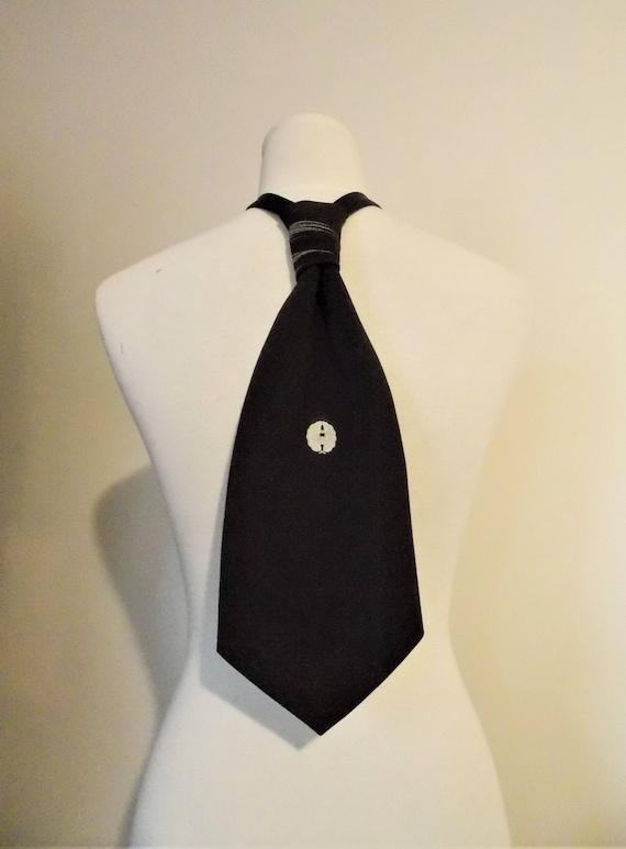 cerca l'autorizzazione selezionare per lo spazio Sconto del 60% Cravatta cravatta uomo fatta a vintage formale KIMONO seta lutto KAMON  Stemma di famiglia in bianco e nero si adatta a 15-20 pollici pronto per la  ...