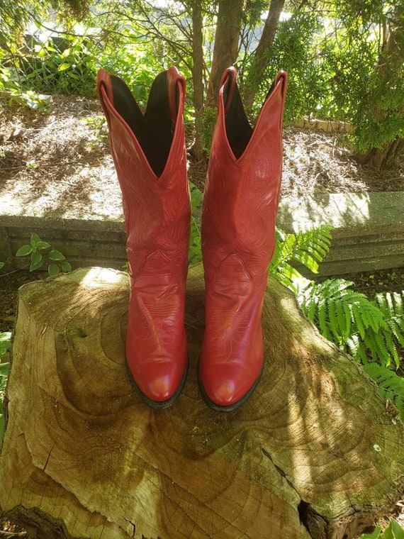 Mint Condition Red Cowboy Boots Size 10 Narrow