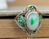 sterling silver vintage Chinese export jadeite ring, green jade silver ring, vintage export silver jade ring, apple green jade ring,