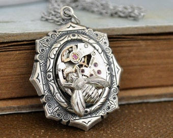 steampunk jewelry - TIME TRAVELER - antiqued silver steampunk watch movement necklace with tiny honey bee