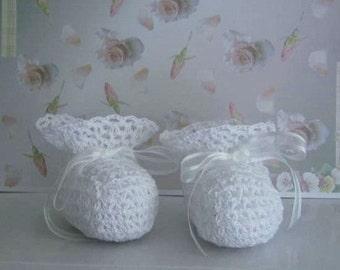 Thread Crochet Pattern - Vintage Lacy Heirloom Christening Booties
