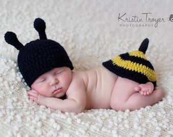 baby boy hat, baby girl hat, bumble bee, photo prop, crochet bumble bee set, baby shower gift, crochet newborn hat, crochet baby bee