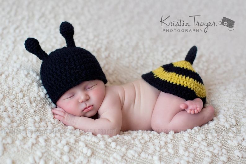 be02eecb2 Baby boy hat baby girl ht bumble bee photo prop crochet
