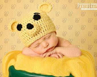 Baby boy hat, Winnie the Pooh, Crochet Pooh Bear, Disney Baby, Disney Nursery, photo prop, coming home outfit, baby shower gift, Piglet