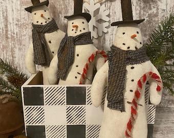 Primitive Snowman Tuck ~ Primitive Christmas ~ Prim Snowman Doll ~ Snowman Decor