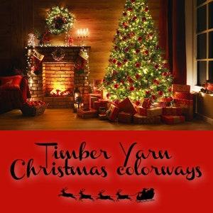 green Christmas Happy Holidays~ 75205 Super wash MerinoNylon Gold Stellina red
