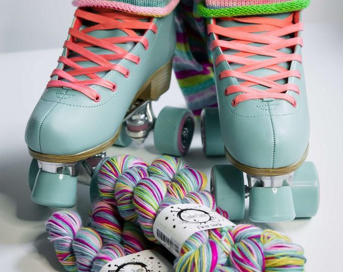 Self striping yarn - Sk8tR girl