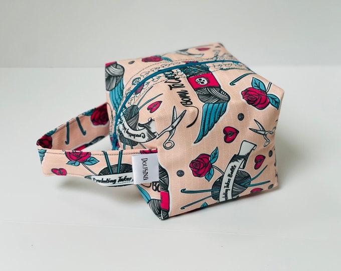Box bag - Born to Crochet (pink)