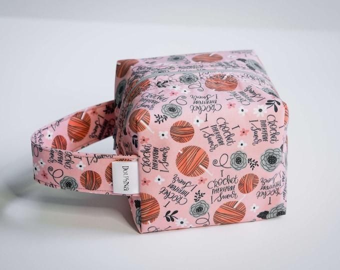 Box bag - I crochet therefor I swear