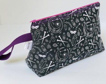 Large project bag - Mystic Knitter (black and white)