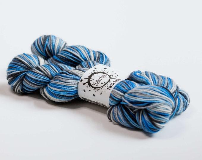 Self striping yarn - Storm