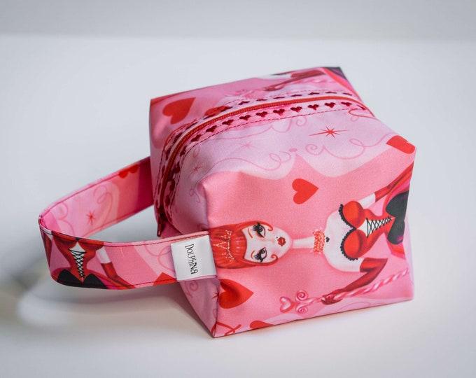 Box bag - Queen of Hearts - Pink