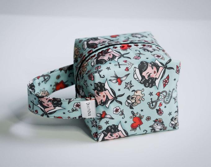 Box bag - Suzy Sailor Portrait