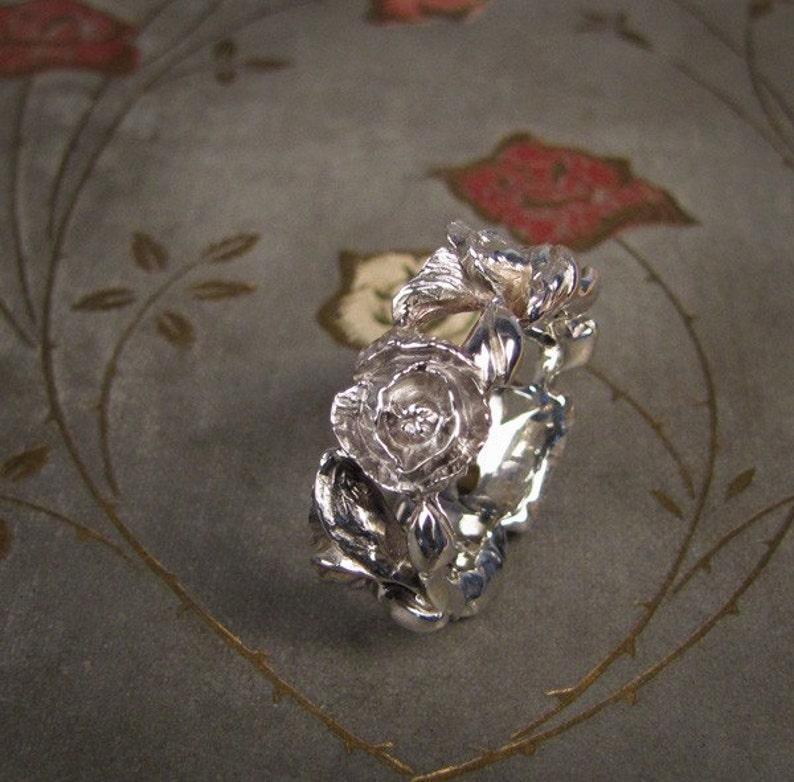 Poppy Ring I 14K  Made to Order image 0