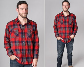 Vintage Men's Red and Grey Plaid Button Up Shirt - Woven Country Blue Retro 1970's Gray Flannel Long Sleeve - Size Large