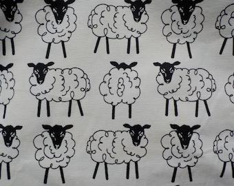 Medium Purse with Sheep
