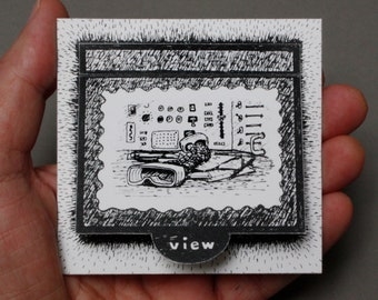 Console – Paper Lift-Up Viewfinder