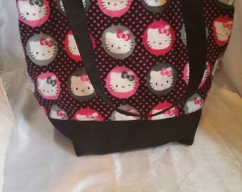 730021ff1bc1 Hello Kitty Insulated Zip-up Lunch bag (Black Flannel)