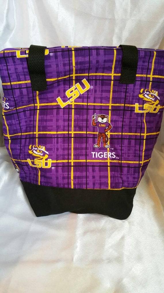 Sac à Lunch Zip-up LSU violet Plaid isolé