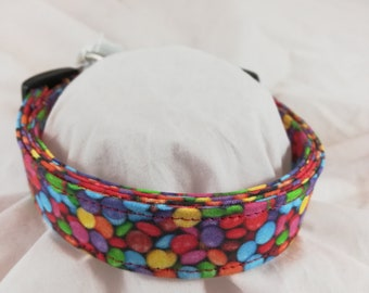 M & M collar for dogs, cats or pets.