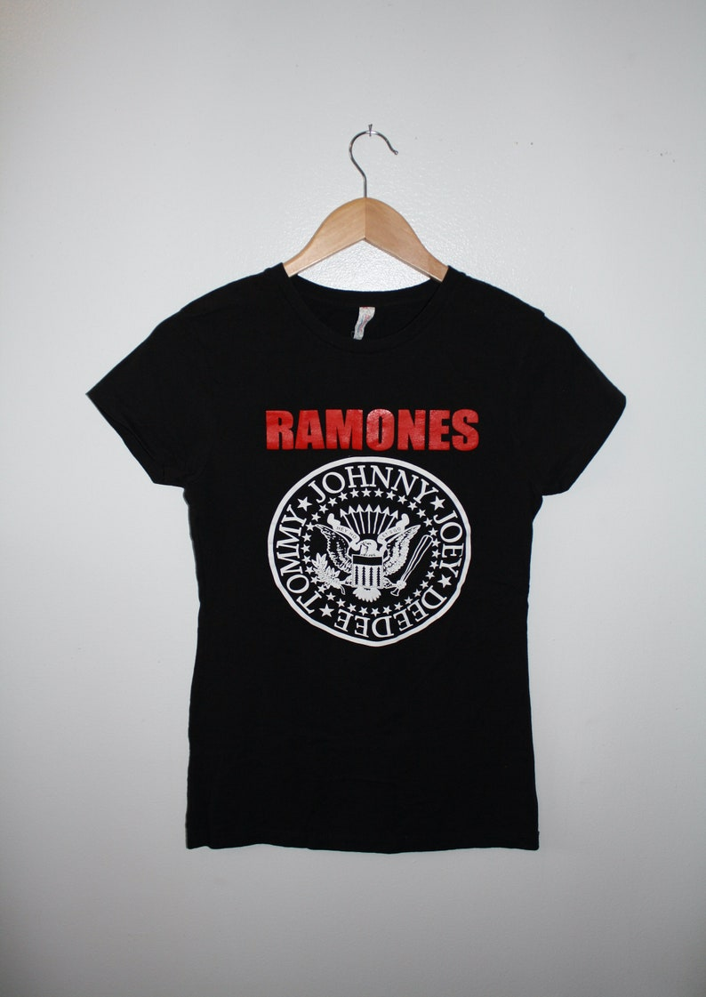Vintage Ramones black Woman/'s Size Large Baby doll T-shirt