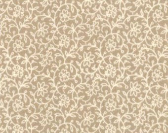 French General Floral Lunaire Natural - 1/2 yd. cuts