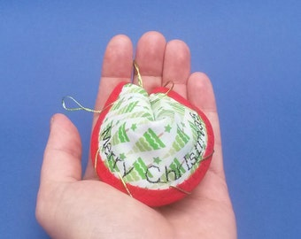 Christmas message token / alternative Christmas cracker / fortune cookie / fabric fortunes / greeting card alternative