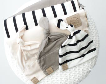 light weight stretch swaddle set | baby gift | baby blanket | light weight swaddle | newborn gift set