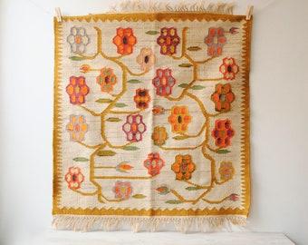 Vintage Flower Rug, Handmade Wool Rug, Pink and Orange Floral Rug, Throw Rug, Kilim Rug, Flat Weave Rug, Polish Rug, Folk Rug