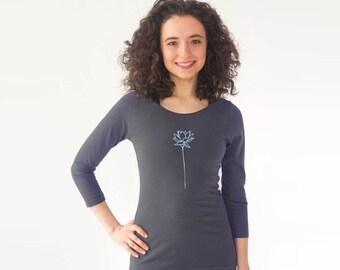 Womens Yoga Tee Shirt Gray | Yoga Top Yoga Clothes | Yoga TShirt Workout Clothes
