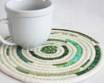 Coiled Rope Mat / Fabric Coiled Mat / Mug Rug / Trivet / Hot Pad / Round Coiled Mat / Thick Rope with Green by PrairieThreads