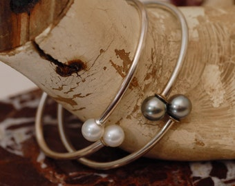 Phoebe, Melanie - Pearl Flex Bangle in White or Gray, Sterling Silver, FREE SHIP US