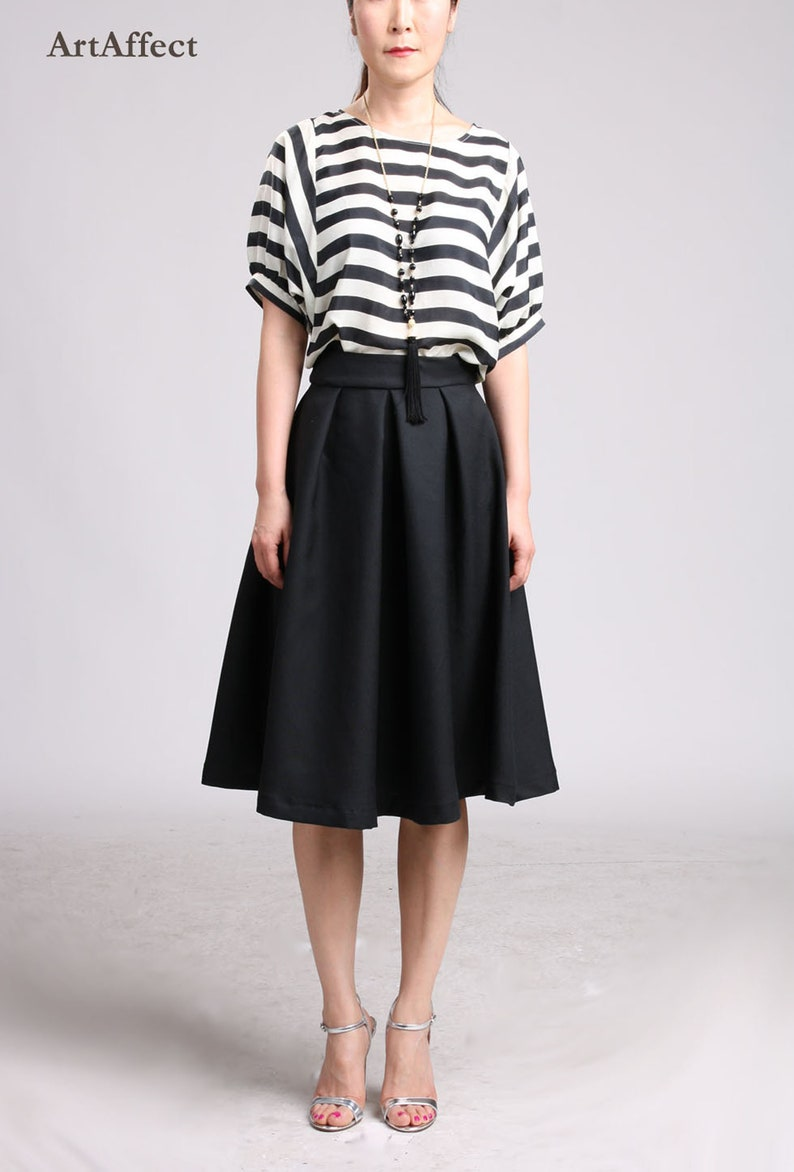 6df4306b40 Black Full Skirt in Wool / Pleated Skirt / Midi Skirt / Knee   Etsy
